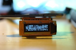 OLED-display showing the 5x7 font chart